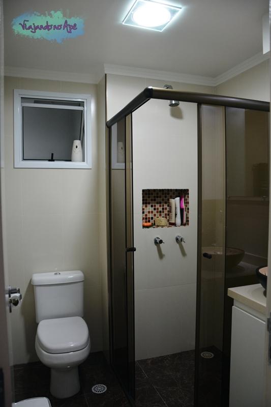 O Banheiro Social  Viajando no Apê -> Nicho Para Banheiro Pronto