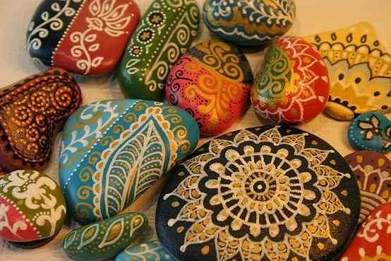 pedras para jardim aki : pedras para jardim aki:Mais algumas pedrinhas pintadas para quem manja do assunto!