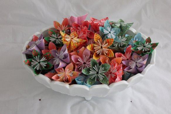 centro de mesa flores origami